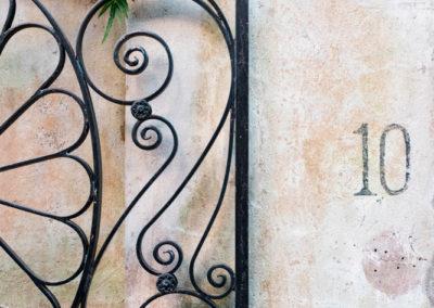 10-gate